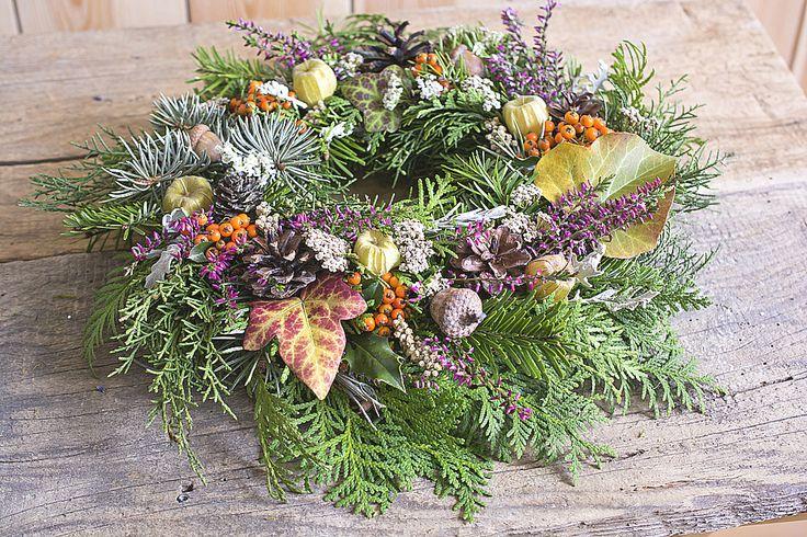 Beautiful natur autumn wreath  https://www.facebook.com/kvetinovyobchodik/?fref=ts