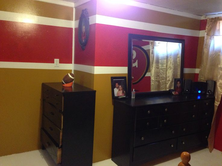 49ers Wall 49ers Bedroom Ideas 49ers Room Man Cave Home Bar