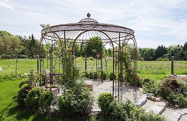 1000 ideen zu gartenpavillon metall auf pinterest for Gartenobjekte aus metall