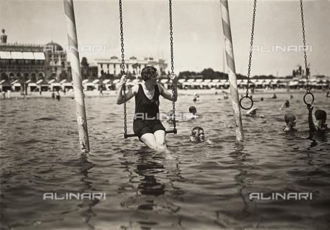 Oggi, al Lido  di  Venezia si apre la 71° Mostra Internazionale del Cinema.