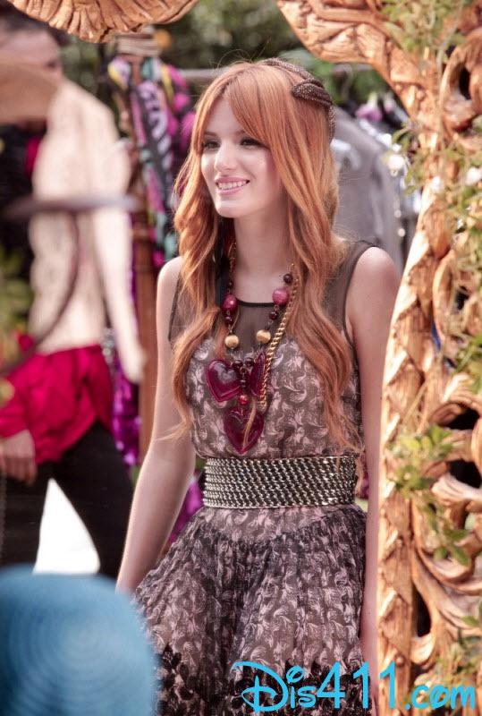 "Bella Thorne ""Fashion Is My Kryptonite"" Music Video"