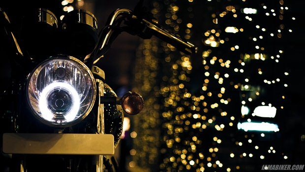 High res and more here: http://www.iamabiker.com/motorcycle-news-desk/2012/diwali-wallpapers-thunderbird-500/