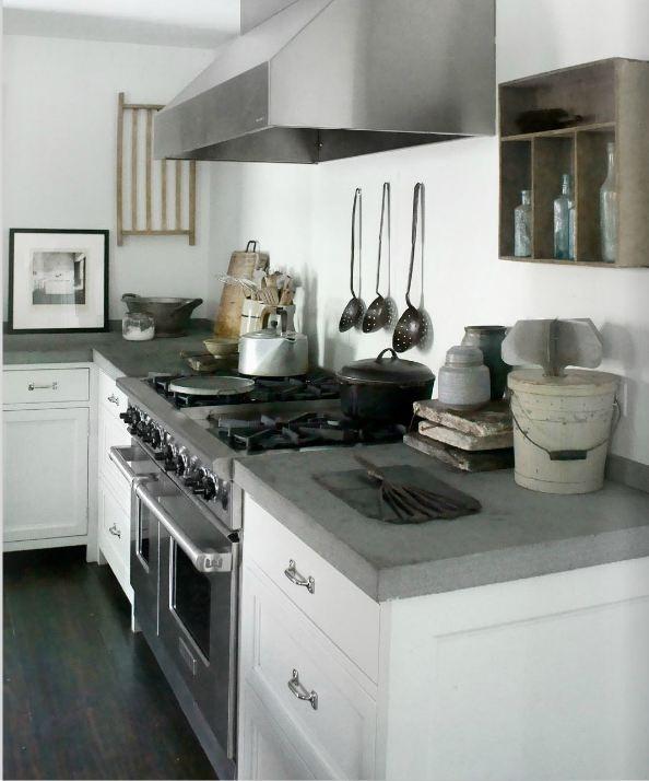 Hape Keuken Accessoires : stoere keuken met beton aangekleed met brocante