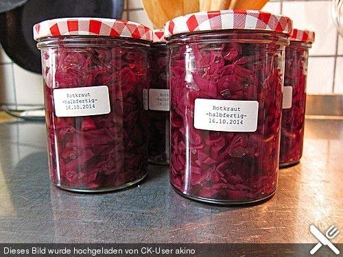 Rotkohl zum Einmachen, ein gutes Rezept aus der Kategorie Gemüse. Bewertungen: 5. Durchschnitt: Ø 3,7.