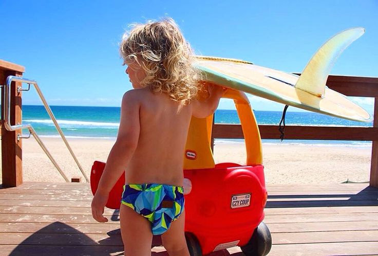 Checking the surf with his 1973 Jackson single fun Rocking the handmade CLASSIC KALEIDOSCOPE Li'l Daks swim nappy. A beautiful Italian Lycra adjustable swim nappy on sale at the Byron baby shop in Byron bay #singlefin #surfboard #grommet #surfer #swimnappy #swimming #nippers #swimminglessons #cozycoupe #littletykes #byronbay #belongil #kids #instababy #instakids #infant #babies #baby #babystyle #kidsstyle #children #childrenclothing #clothing #style #byronbabyshop #familyholiday…