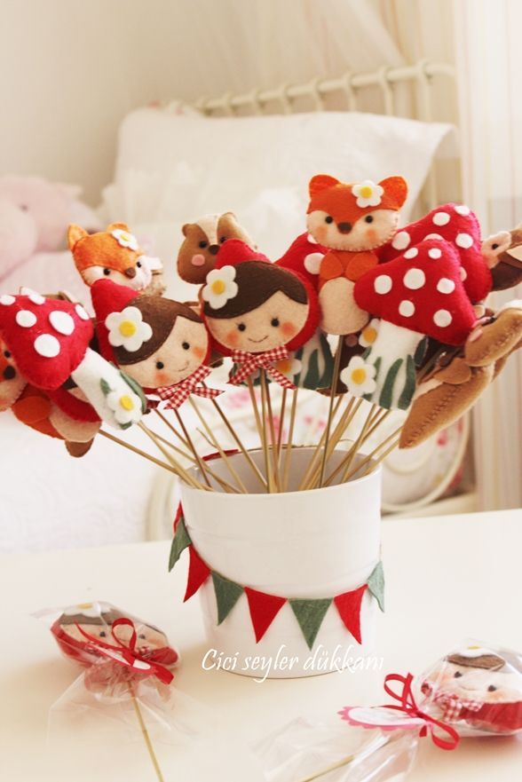 Zehra Neva'nın woodland temalı ilk yaş doğum günü hediyeleri...