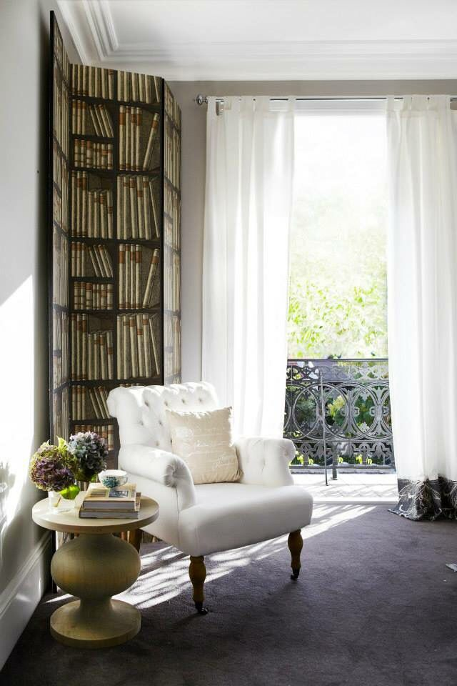 Newtown house in Sydney Australia featured in Home Beautiful magazine. Photography and interior design by Melissa Heath.