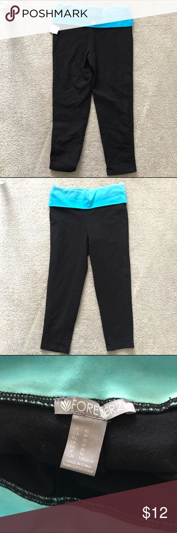 New with Tags Capris with WaistBand New capri leggings from forever 21 with ombré blue waist band. Still have tags, price ripped off because it was a gift. No damages just not my size. Size extra small Forever 21 Pants Leggings