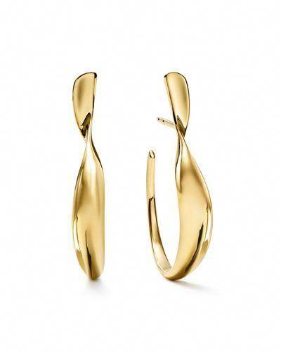 efa69966b Y4CLA Ippolita 18k Classico Small Twisted Ribbon Hoop Earrings  #hoopearrings   Hoop Earrings in 2019   Silver hoop earrings, Jewelry,  Earrings