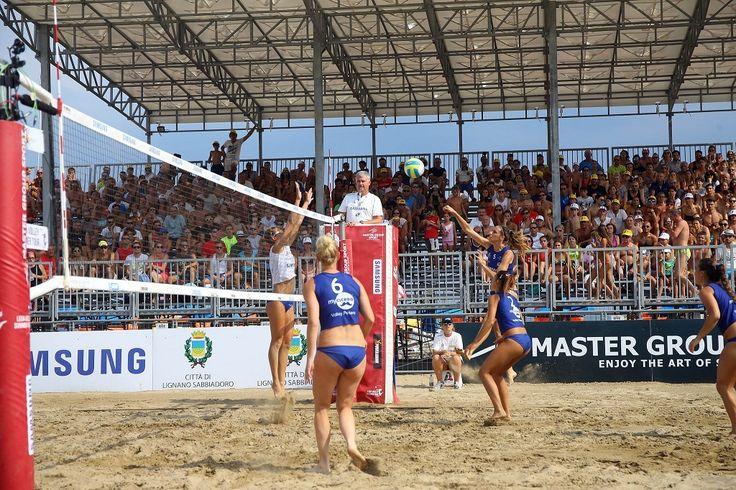 Il Samsung Lega Volley Summer Tour 2017 volge al termine portando la sua carovana di grande sport ed intrattenimento all'ultima fermata della stagione. Il quarto ed ultimo appuntamento del circuito itinerante del grande Sand Volley 4×4 con i club e le giocatrici della Lega Pallavolo Serie A Femminile è la città di Lignano Sabbiadoro (UD) nel week end del 29 e 30 luglio.      A partire dalle 9:30 di sabato e domenica, la Beach Arena del Lungomare Trieste ospiterà infatti il 24° Scudetto di…