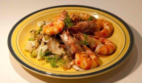 συνταγή γαρίδες flambé με ούζο και φινόκιο