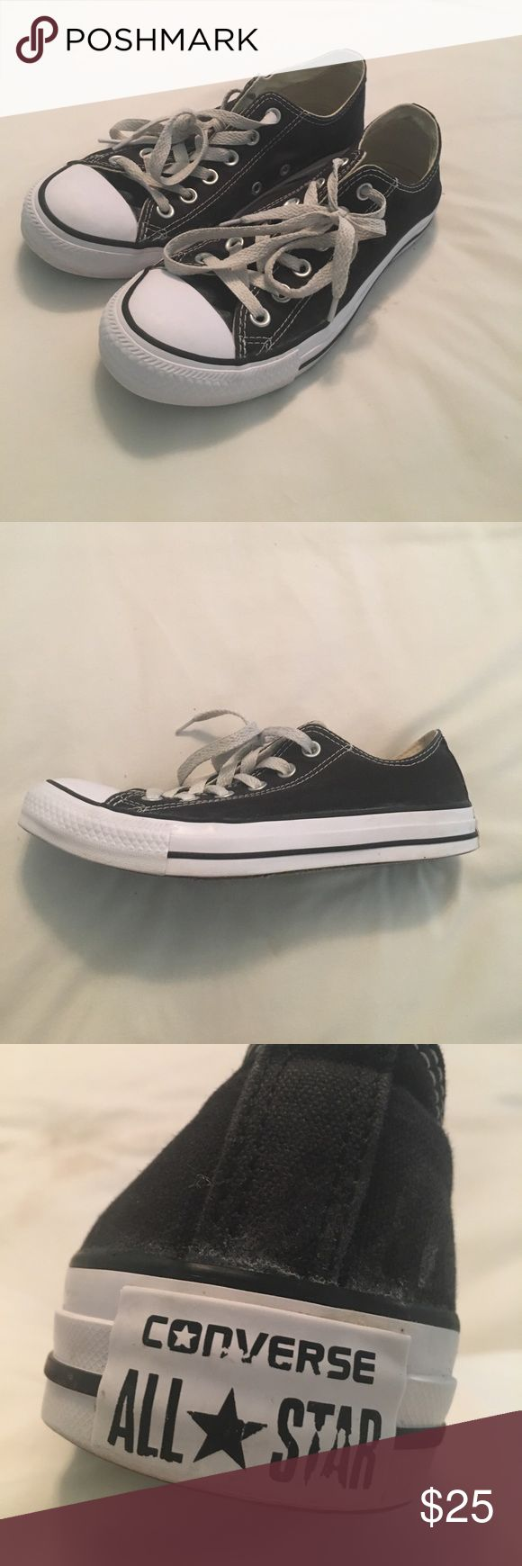 Black Low Top Converse Women's Converse Chuck Taylor All-Star Low Top// Black// Size 8// Good Condition  **MAKE AN OFFER** Converse Shoes Sneakers