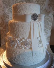 { White Lavish Cake IMAGE wedding - The Couture Cake Company }