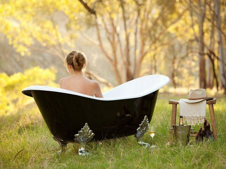"""At the Kingsford Homestead in Kingsford, Australia guests can experience a very open-air """"bush bath,"""" where guests can bathe al fresco in large, claw-foot tubs."""