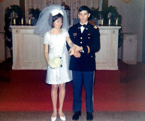 soldier divorced singles Sparkcom makes online dating easy and fun it's free to search, flirt, read and respond to all emails we offer lots of fun tools to help you find and communicate with singles in your area.