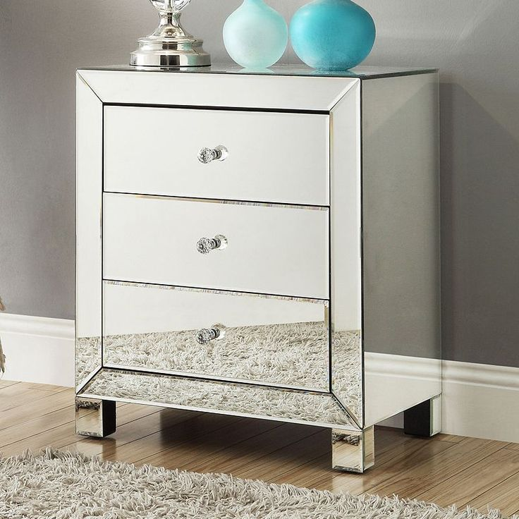 17 best ideas about mirrored accent table on pinterest grey bedroom decor silver bedroom for Mirrored side tables for bedroom
