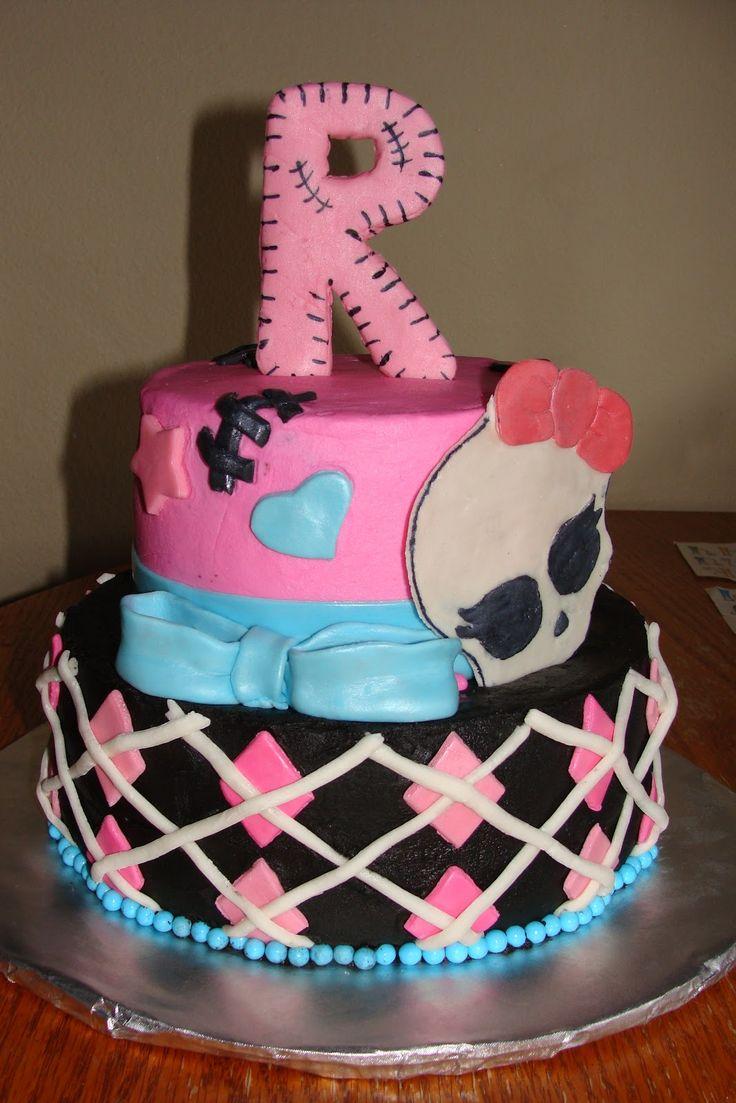 monster high cakes | Ambers Cakes: Monster High Cake