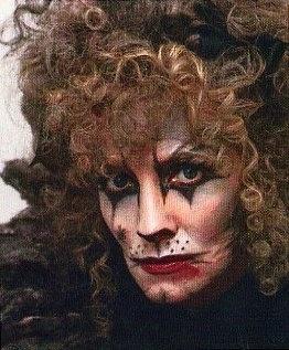 Tony award Winner Betty Buckley as Grizzabella in Cats 1982