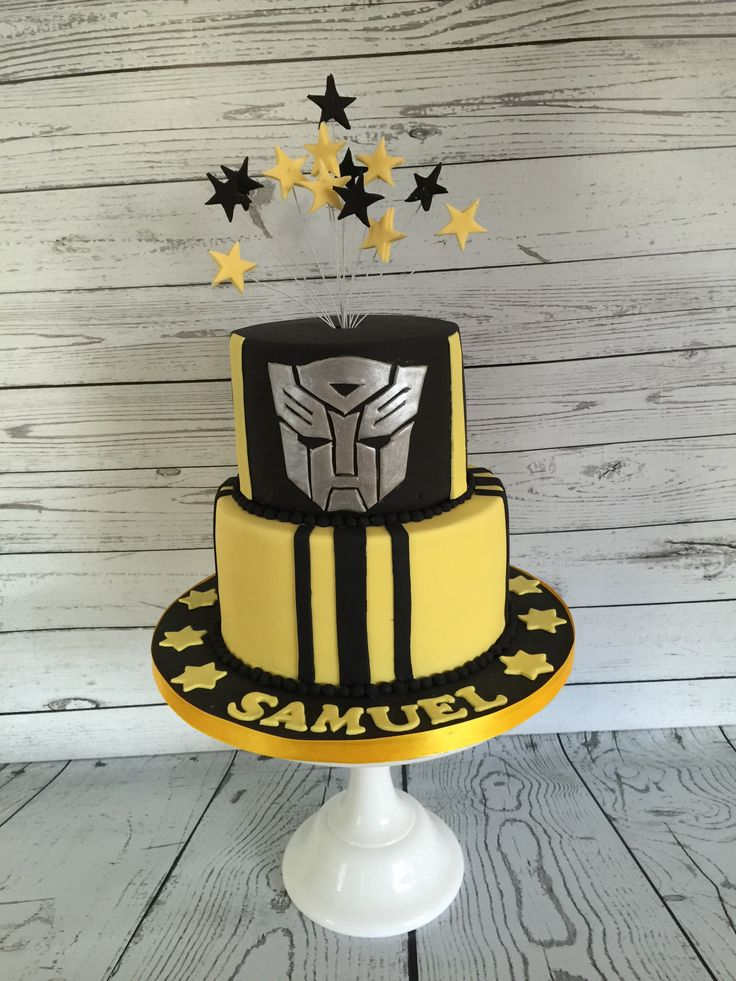 transformers cake but in red and blue for optimus