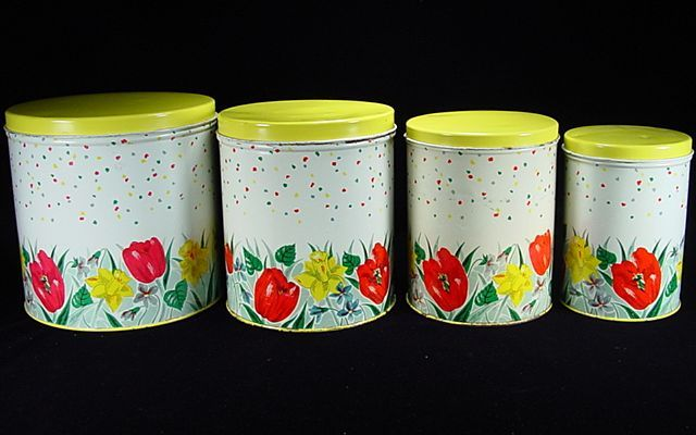1000 Images About Vintage Canister Sets On Pinterest Vintage Kitchen Ware And Red Canisters