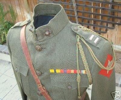 Beautiful WW I Marine Officers uniform .