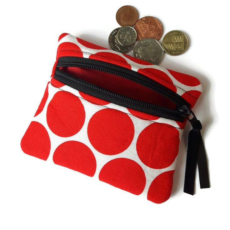 Red circles coin purse