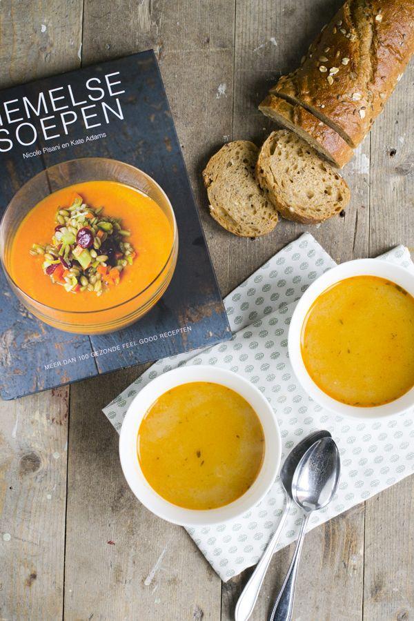 Tijd voor een soepje, en wat voor eentje. Dit is een knoflooksoep uit het boek 'Hemelse Soepen'. Knoflooksoep is een soep die ik al een lange tijd wilde maken, maar wat er maar niet van kwam. Het klinkt namelijk nogal heftig, 4 hele bollen knoflook in de soep. Maar ik moet je zeggen dat het erg... LEES MEER...