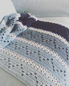 Morgen weer werken. Nu nog even genieten van een dagje haken #crochet #haken #bymariz #blue @durab - xxmarizxx
