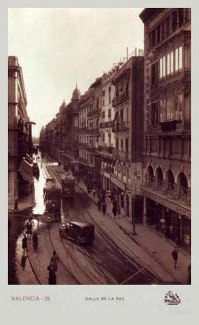 1.930 Calle de La Paz desde la Plaza de la Reina (Ediciones Tórtola)