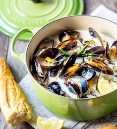 Mussels in a Creamy Sauce - Le Creuset Recipes