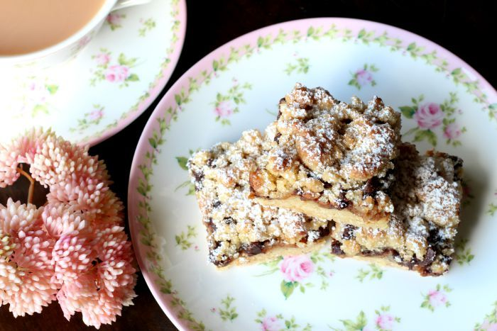 Salted caramel, Chocolate Chip crumble slice 1