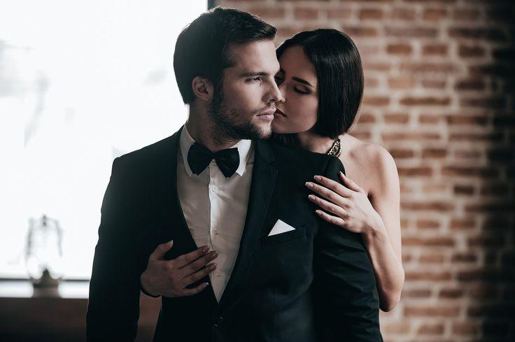 Dans la rue, vous savez reconnaître un homme d'une femme. Mais dans l'amour, quand il s'agit de comportements plus que d'anatomie, c'est plus compliqué. Quelques indices pour savoir à qui vous avez affaire, dans le noir !  It's a wonderful time for the pleasures of love!