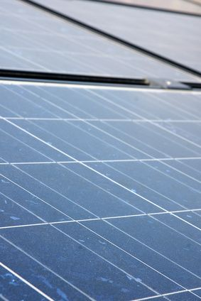 How Do I Calculate How Many Solar Panels I Need?