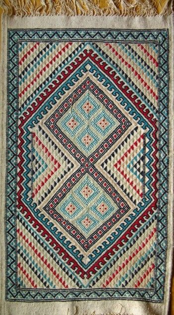 Zerhivas - knotted pile carpet, Tunisia and the Maghreb