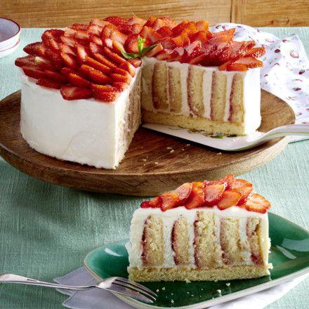 Erdbeer Wickeltorte. Rouladen RezeptSchöne KuchenSchöne ...