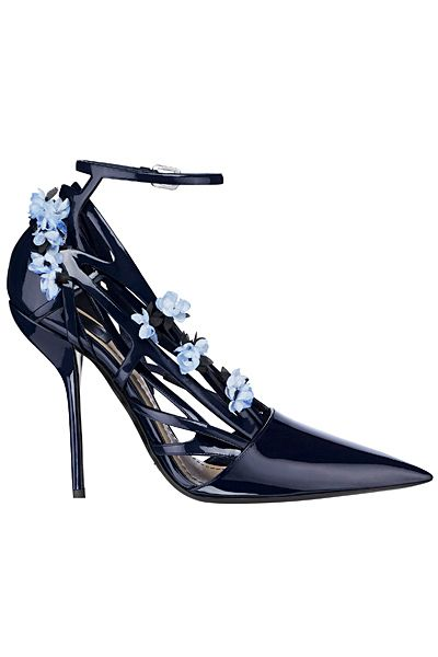 Dior - Shoes - 2014 Spring-Summer. Dark blue with light blue flowers on the side. I absolutely looove these heels. Pair these babies with some cute skinny jeans and a white lacey top and Voila`! An outfit sure to turn the heads of handsome boys... AND girls;) for days!