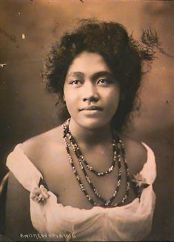 Unknown Samoan Woman  Andrew, Thomasphotographer1906