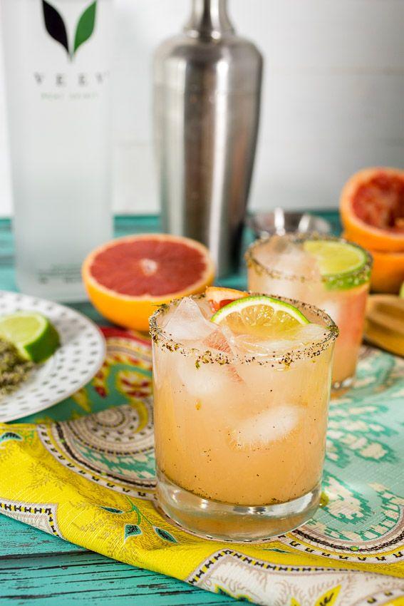Grapefruit Margarita with Chile Lime Rim | girlinthelittleredkitchen.com