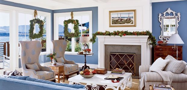 Even a beach house can look festive:)