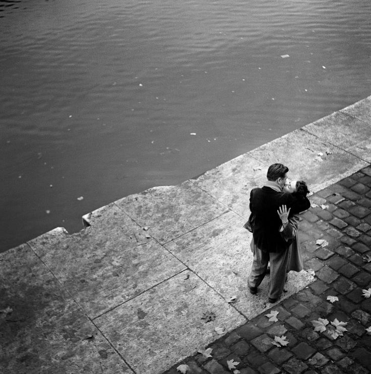 Paris 1950s , Quais de Seine ,  Ed van der Elsken