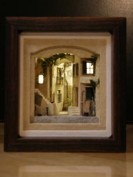 """""""Cefalu"""" inside scene is about 5cm deep and 5cm wide and is lit. scale seems to be 1/200"""