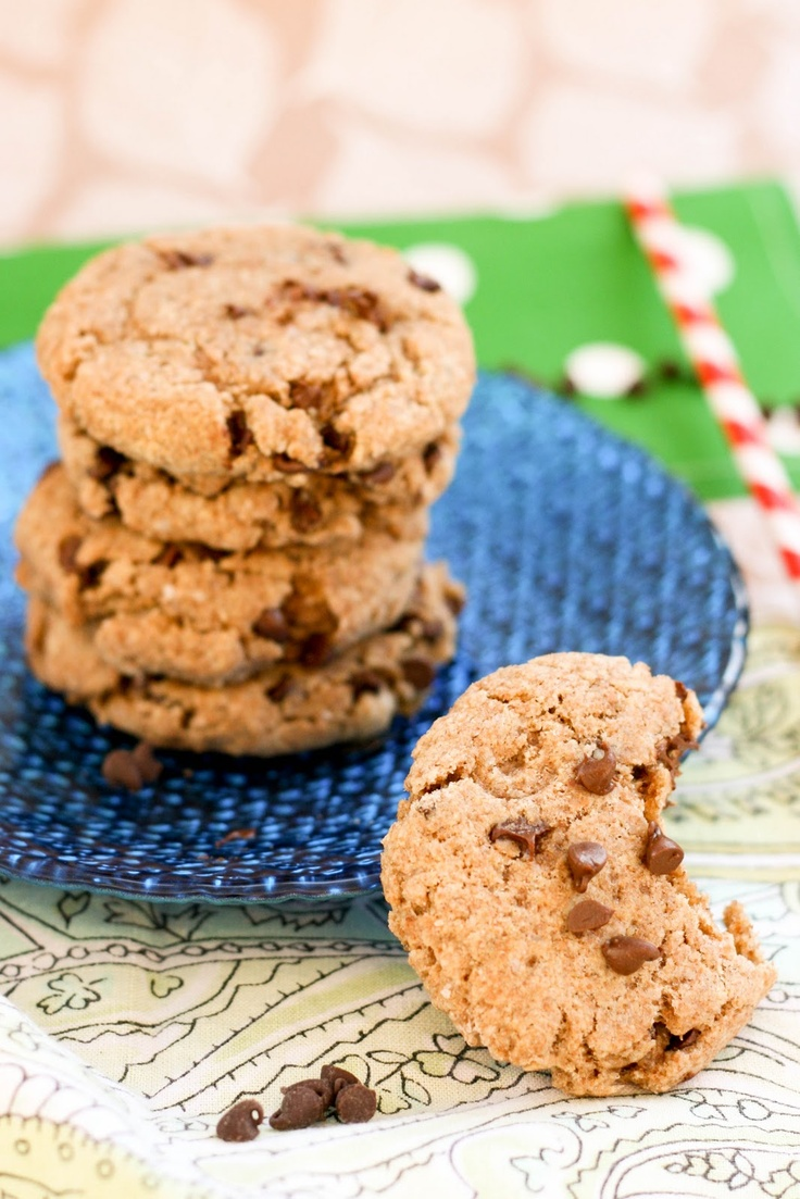 Krissy's Creations: Healthy Chocolate Chip Cookies - these were ok. Sort of
