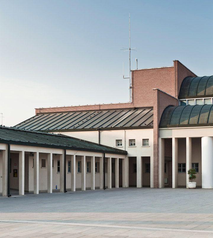 Work of #AldoRossi, inspirer #architect for our #designer Giorgio Silla: #Borgoricco #TownHall (#PD - #Veneto) __ #architecture #madeinitaly
