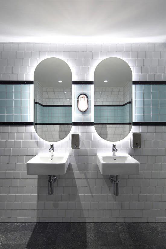 the designer pad hotel prahran melbourne focus on the toilet pinning hotels. Black Bedroom Furniture Sets. Home Design Ideas
