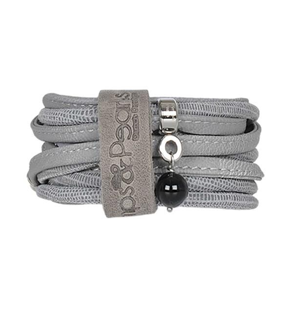 Pimps & Pearls Moesss Suse. Deze wikkel armband heeft een edelsteen, 1 slotje en kan ook als ketting gedragen worden.   Shop Pimps & Pearls @ https://www.nummerzestien.eu/pimps-and-pearls/