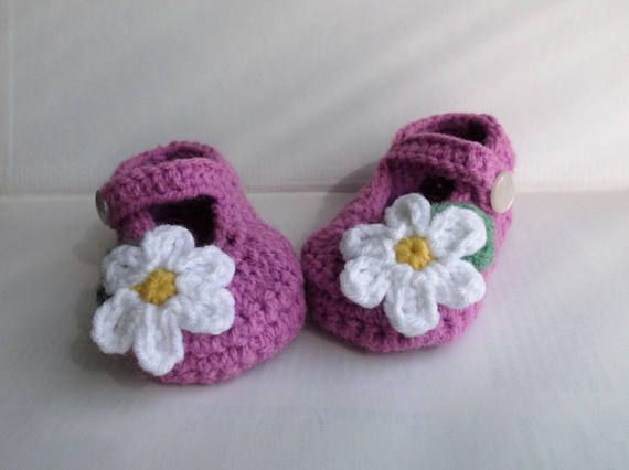 Crochet baby girl shoes Plum purple Mary Jane booties with