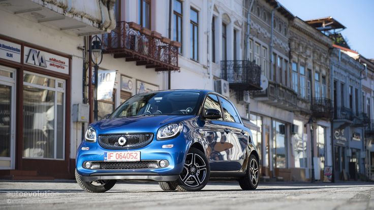 2015 Smart Forfour Review http://www.autoevolution.com/reviews/smart-forfour-review-2014.html