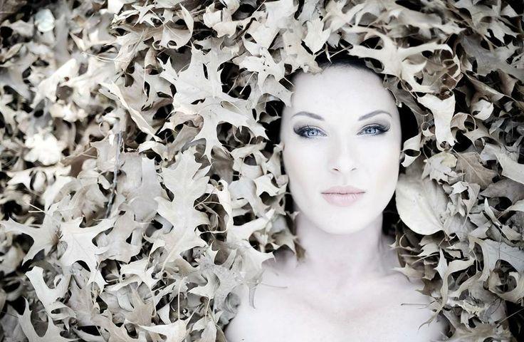 Lynné de Jager Mrs South Africa 2012 Autumn in South Africa Photographer: Albert Bredenhann - Pixel Pro -