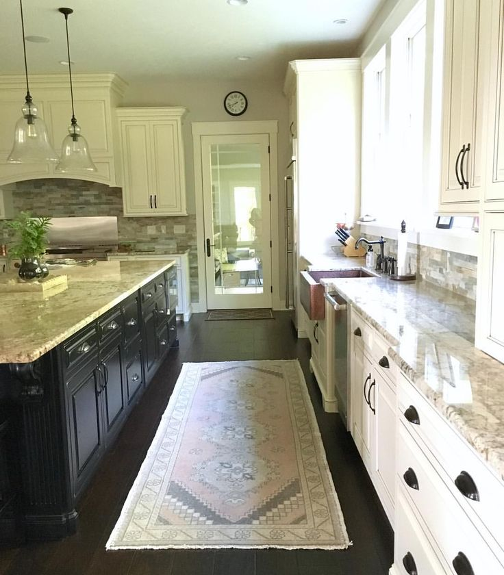 Farmhouse Kitchen With Dark Cabinets: Best 25 Farmhouse Redefined Images On Pinterest
