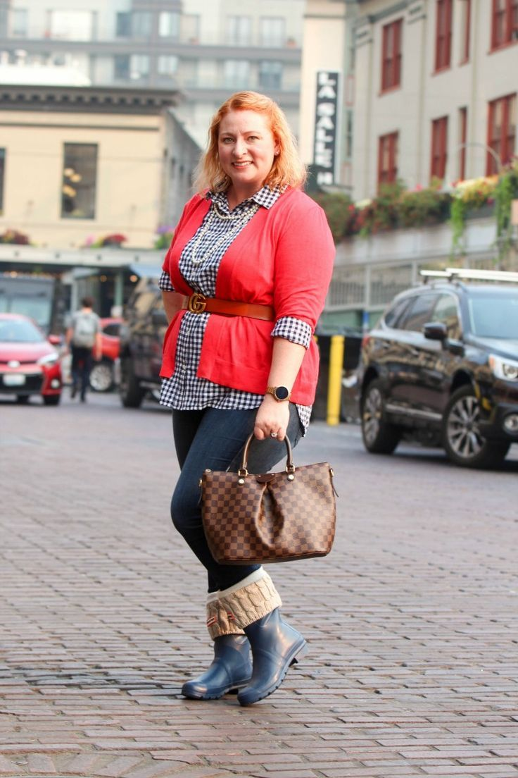 2f1224182 Short Blue Hunter Rain Boots with Red Cardigan and Blue Gingham Top